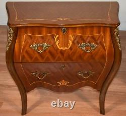1910s Antique French Louis XV Walnut inlaid Pair of Nightstands / Bedside tables