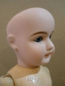 Antique 23 1/2 French Louis Prieur socket head doll, original body
