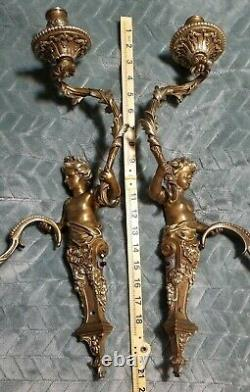 Antique French Louis XV Pair Of Rococo Style Bronze Wall Sconces