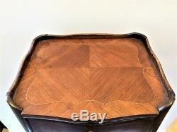 Antique French Louis XVI Tulip Wood Parquetry Bedside Table Pair