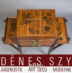 Art Nouveau side table with three drawers by Louis Majorelle Nancy ca1900 France