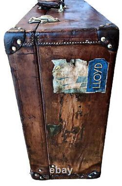 Beautiful Luxury Leather Antique Louis Vuitton Suitcase/Trunk/Luggage