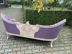 Sofa/Settee/Couch in French Louis Louis XVI Style. Purple Damask With Pastel