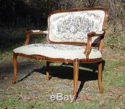Vintage French Provincial Louis XV style Tapestry Settee Chateau D'Ax Italy